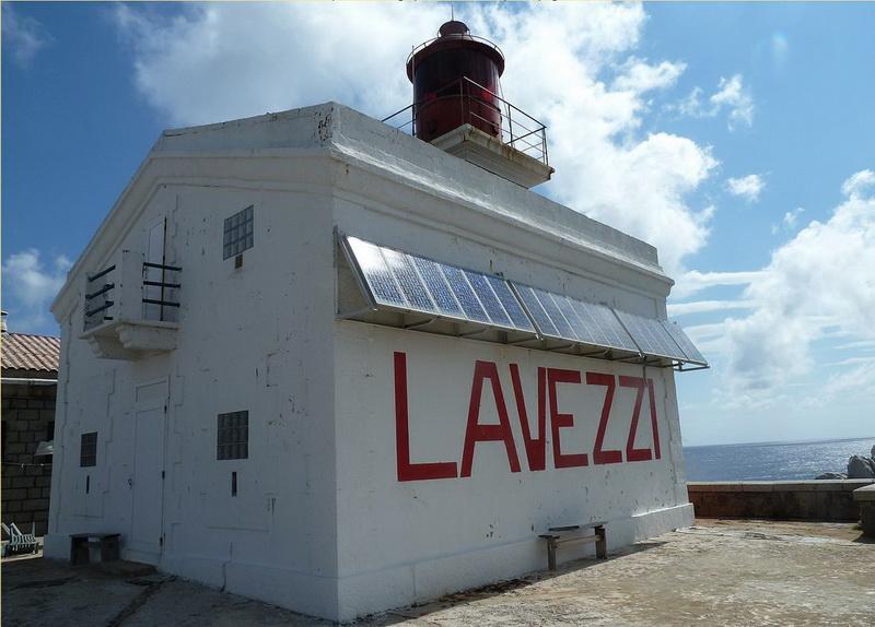 phare_lavezzi