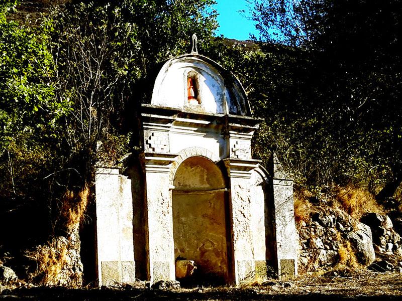 Corbara tombeau