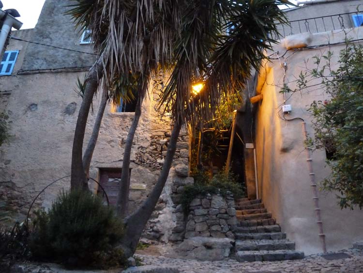 pigna centre du village