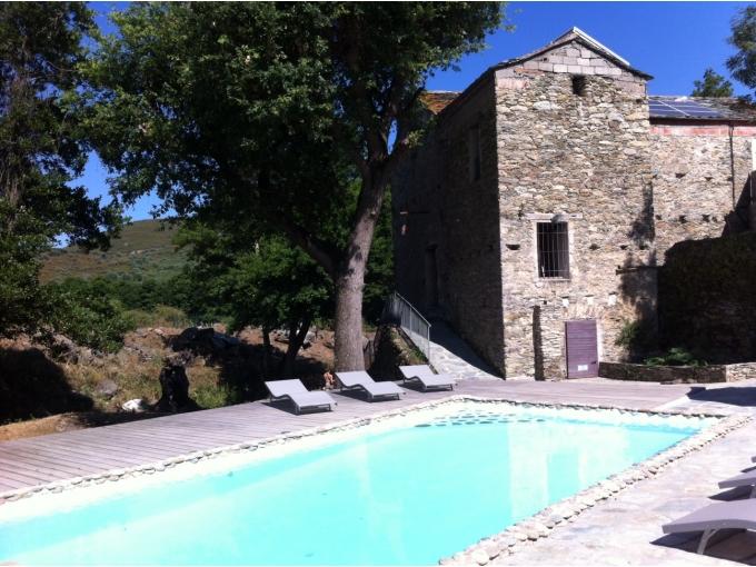 Villas de luxe en corse la corse for Villa en corse avec piscine