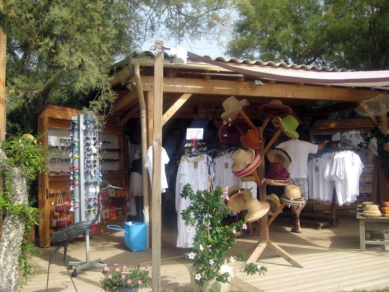 etang d'urbino, boutique